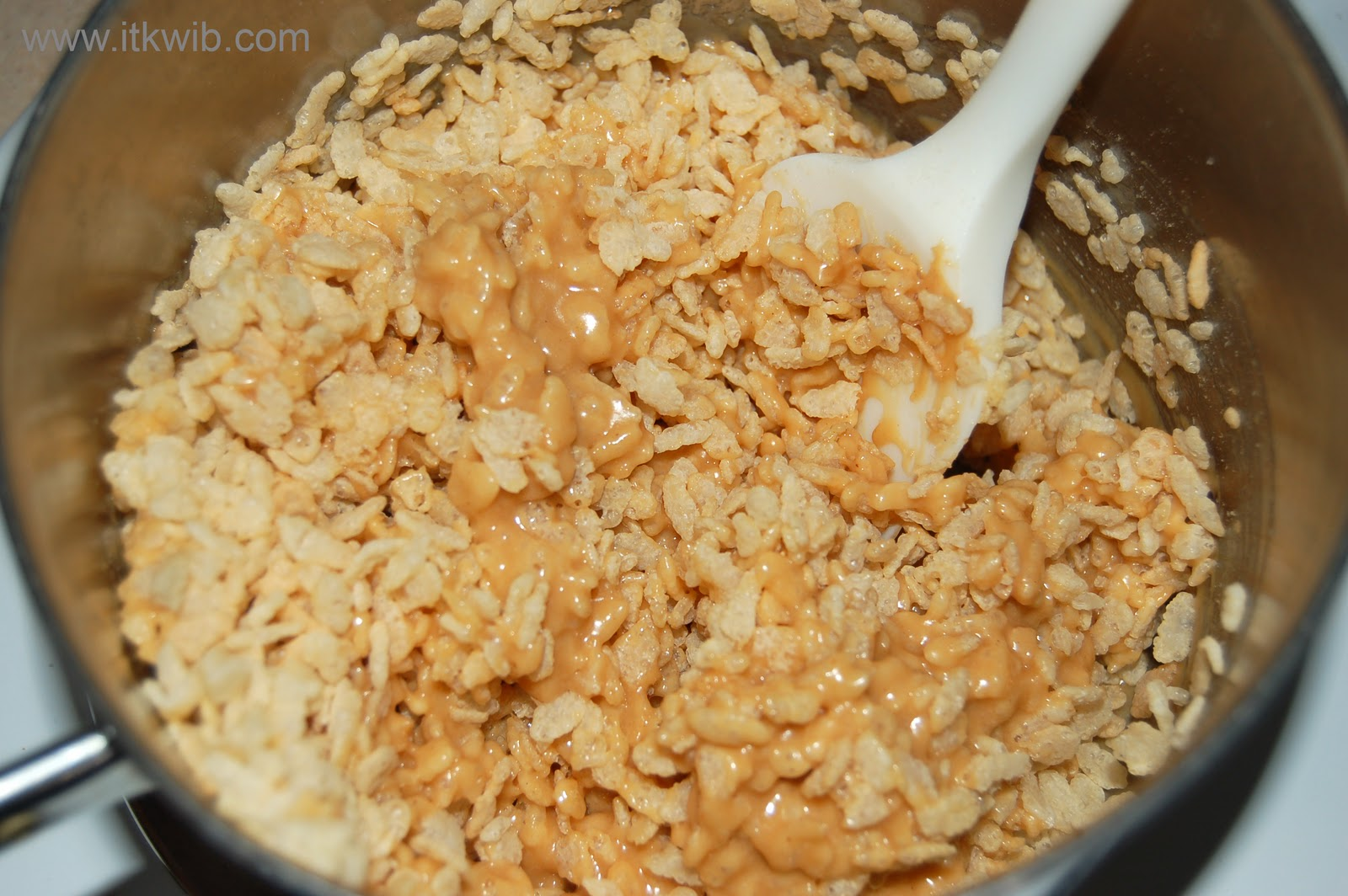 Peanut Butter Rice Krispies | In The Kitchen Where I Belong